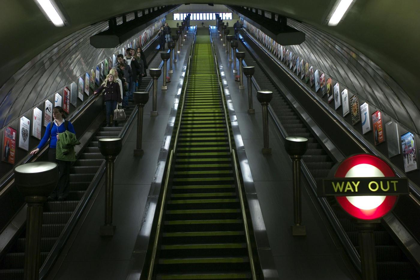 La Metro di Londra compie 150 anni003