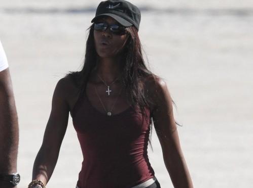 Naomi Campbell in forma smagliante a Miami01