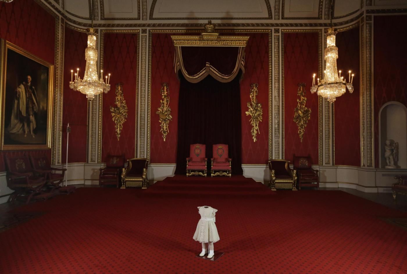 Gli abiti del principe Carlo a 4 anni04