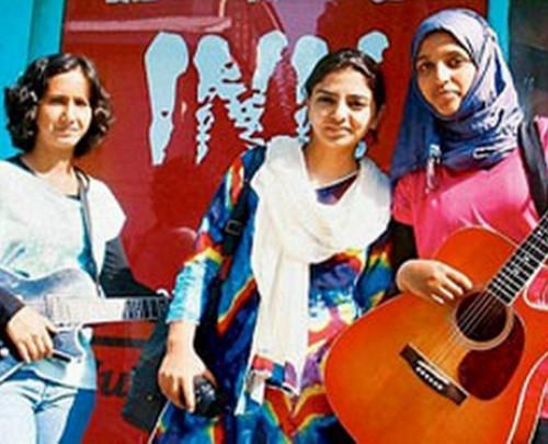 Praagaash gruppo rock femminile