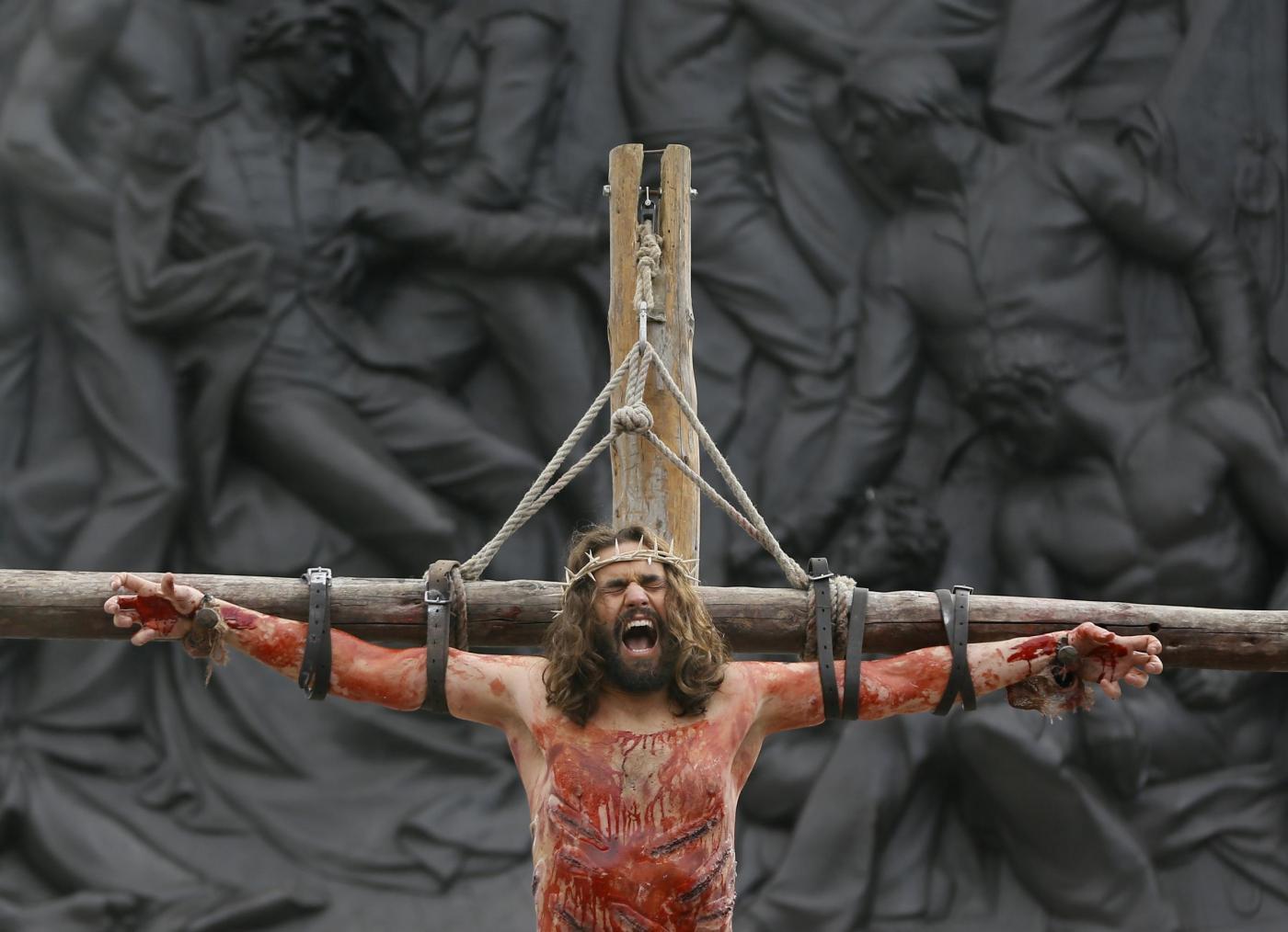 """La """"Passione di Cristo"""" a Trafalgar Square06"""