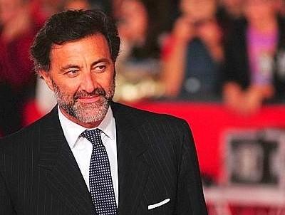 Luca Barbareschi sta male: niente teatro per 2 mesi