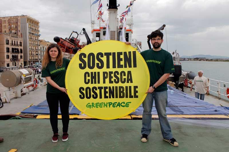Greenpeace, al via la tappa italiana del tour sostieni chi pesca sostenibile05