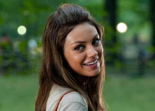 Mila Kunis sexiest 01