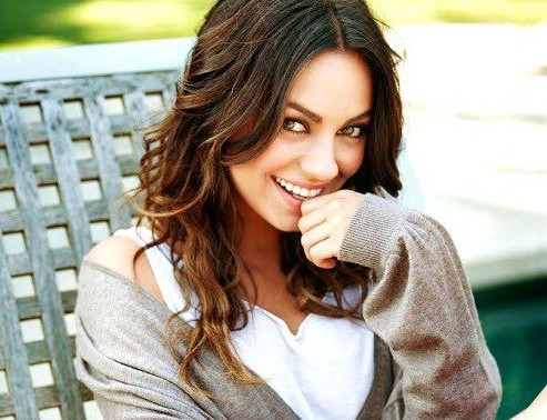 Mila Kunis sexiest 02