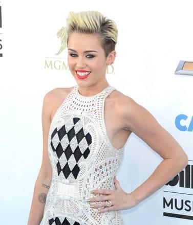 Sfilata di star ai Billboard Music Awards03