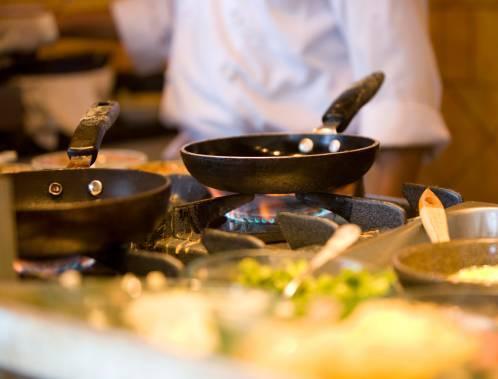 Grandi chef spesso in tv, rende più del ristorante