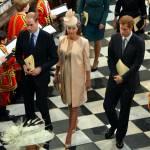 Kate Middleton con il pancione alla festa della nonna Elisabetta 03