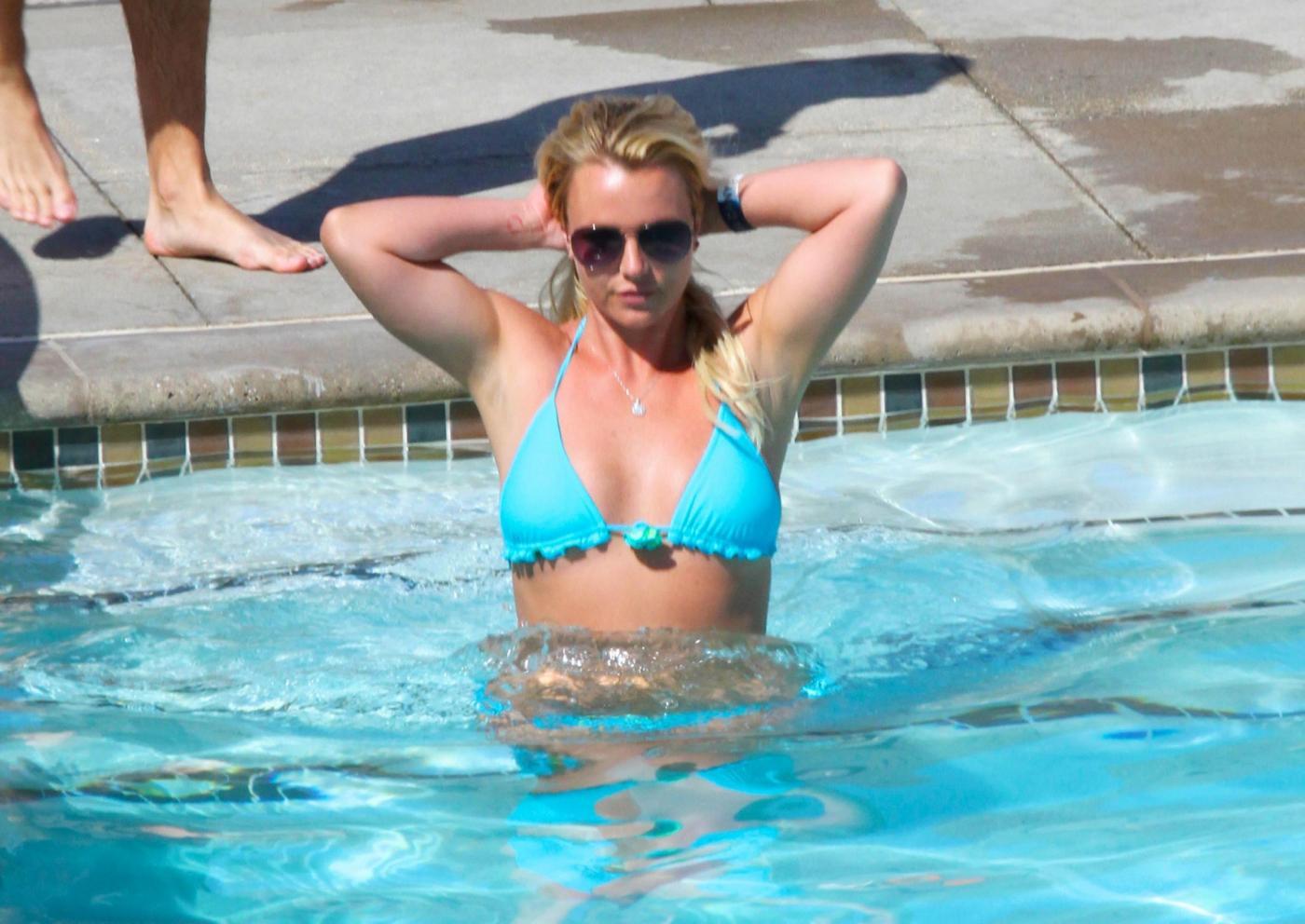 Britney Spears in vacanza con il fidanzato David Lucado11