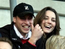 """William telefonerà alla regina: """"E' nato il royal baby"""". Addio messaggero"""