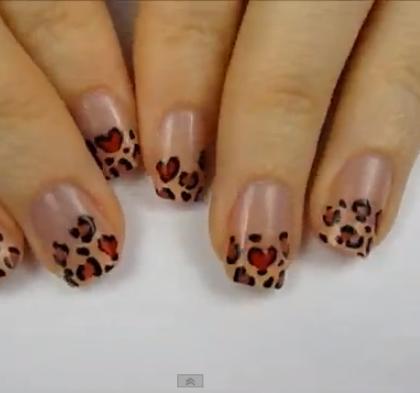 Unghie come fare una french manicure leopardata
