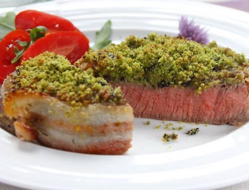 Ricette di carne: filetto con pesto ai pistacchi