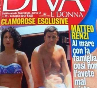 Matteo Renzi al mare con famiglia: pancia e rotoli da rottamare