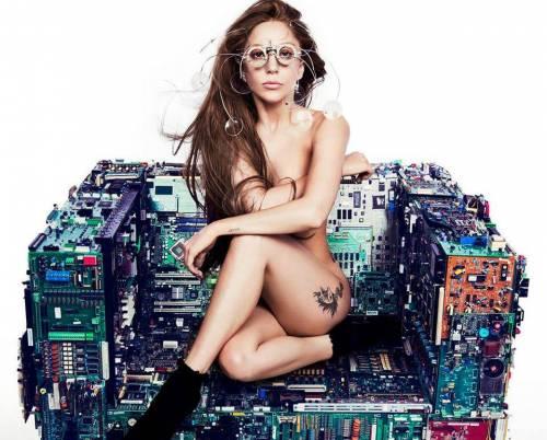 "Lady Gaga contro Russia e Putin: ""Governo e leggi anti-gay criminali"""