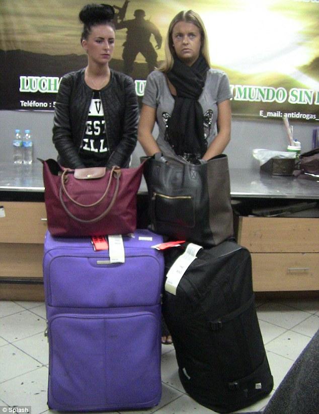 British girls arrested in Perù