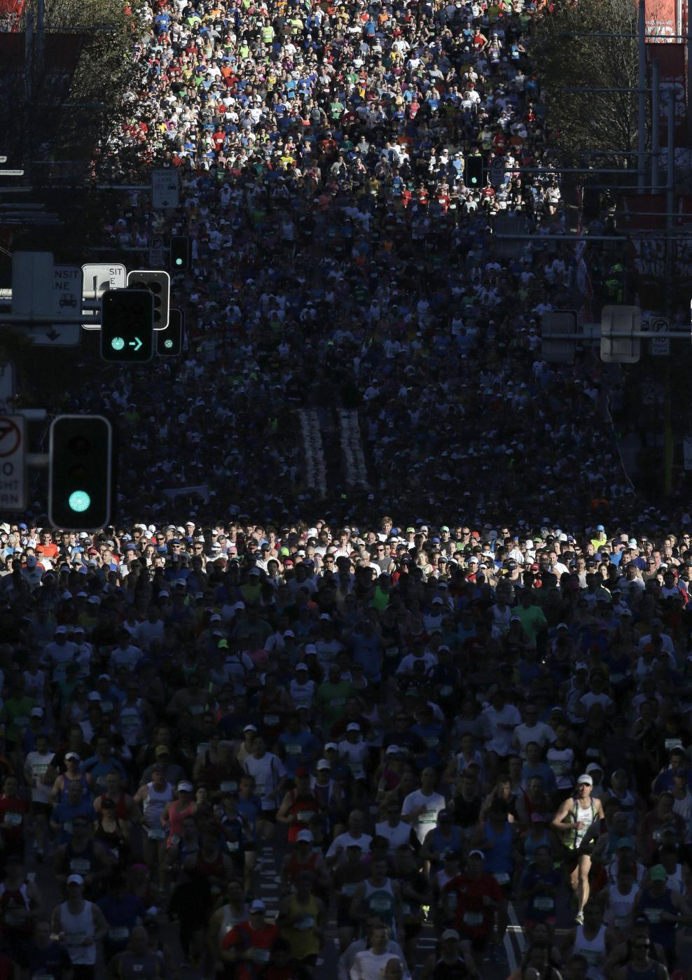 """""""City to surf run"""": gara in abiti bizzarri per le vie di Sydney08"""
