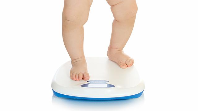 Ipertensione in aumento tra i bambini: colpa di sale e poco sport