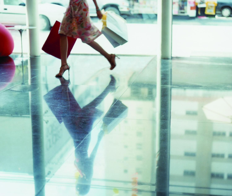 Shopping importante? Meglio con i tacchi: acquisti più equilibrati