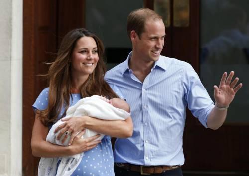 """Kate Middleton, royal baby. William: """"George è un vero monello"""""""