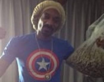 Snoop Dogg felice con 400 gr di Marijuana: foto su Instagram