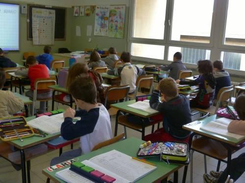 Bimbo autistico in classe: genitori ritirano i figli