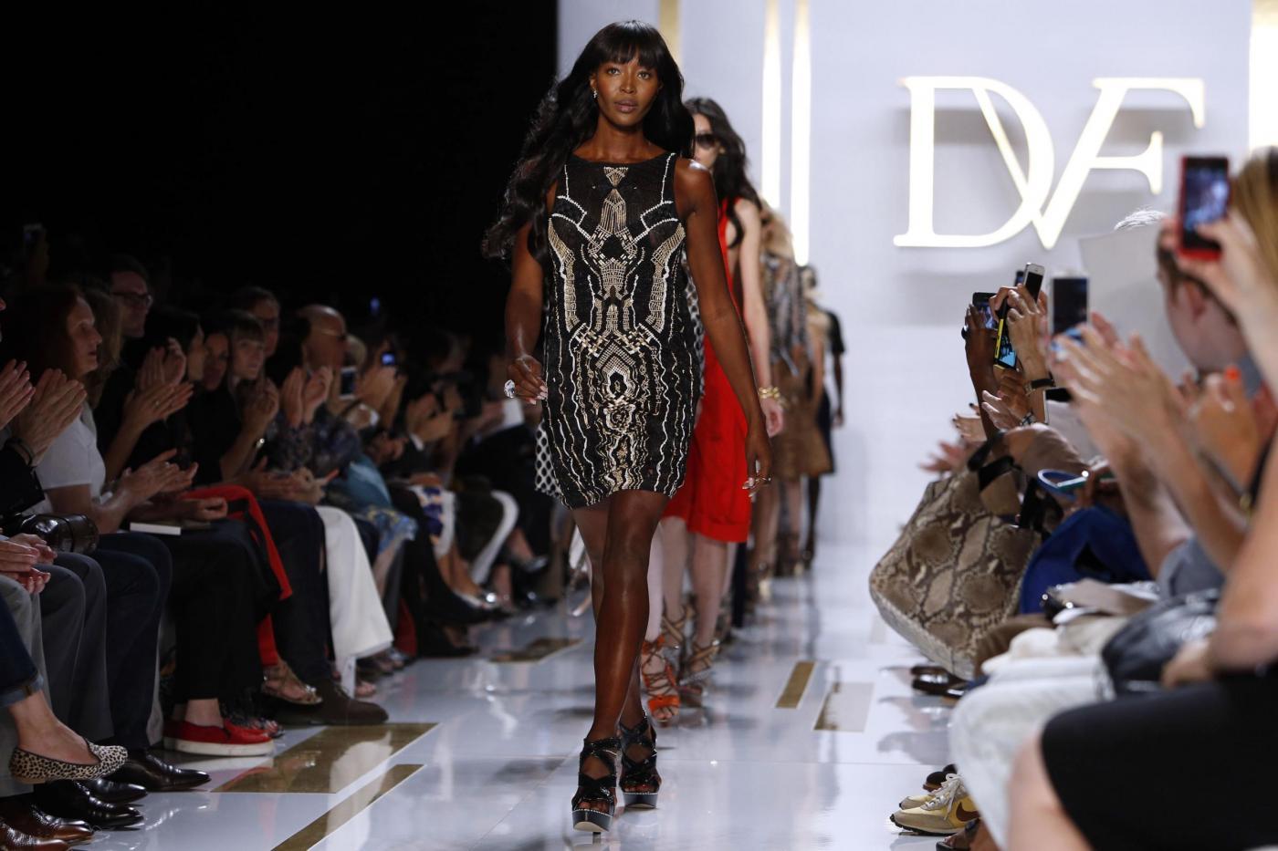 Naomi Campbell in passerella per Diane von Furstenberg a New York02