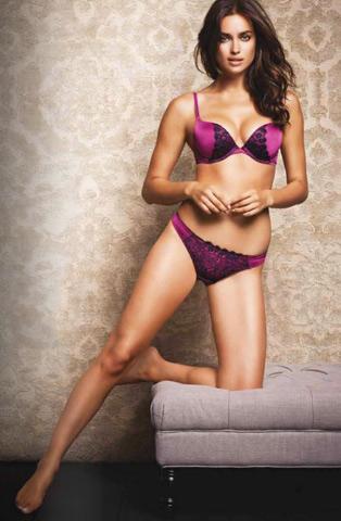 Irina Shayk in lingerie per Miiyu02