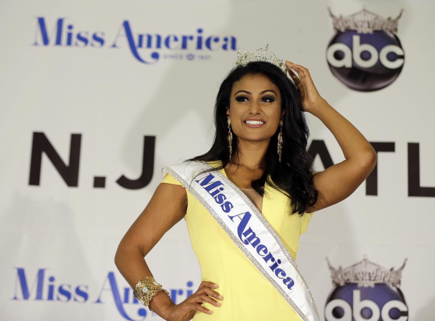 Nina Davuluri, Miss America ha origini indiane: è la prima volta07