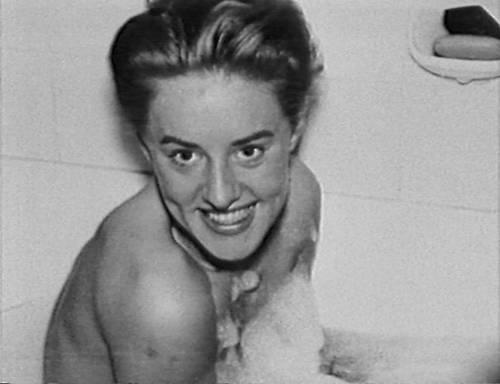 Rosemarie Nitribitt, escort dei ricchi uccisa 56 anni fa: giallo riaperto