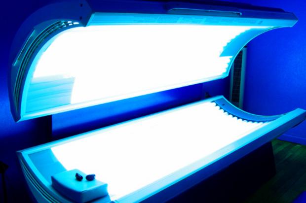 Lettini e lampade solari vietate in Australia: provocano il cancro