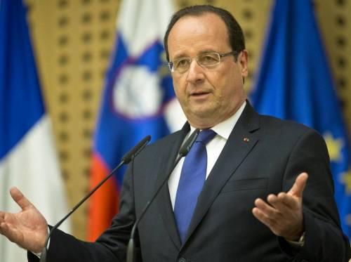 """Francois Hollande: """"Al Pantheon vengano sepolte solo donne"""""""