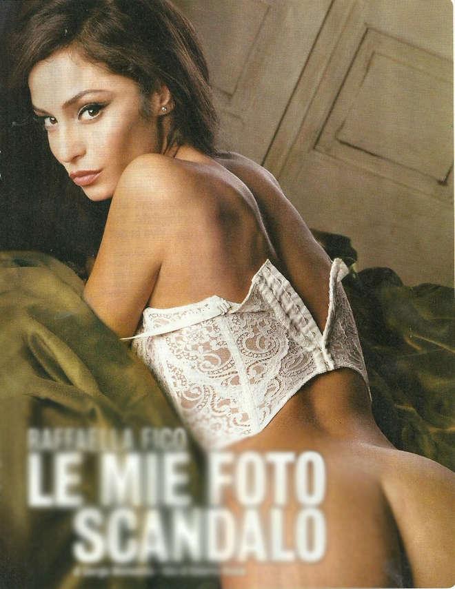 "Raffaella Fico, calendario nuda: ""A causa di Mario Balotelli"""