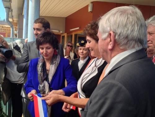 """Dominique Bertinotti: """"Ho un cancro"""". Così ministro francese rompe tabù"""