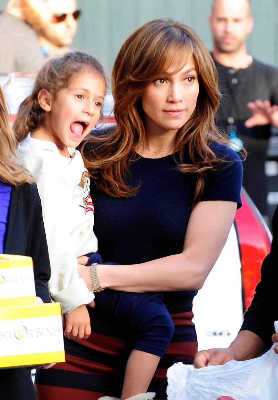 Jennifer Lopez, i gemellini con lei sul set di The Boy Next Door 02