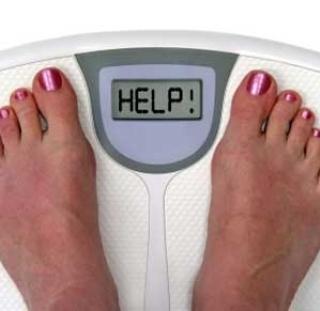 Italiani e calorie, sos bilancia: le contano, ma poi mangiano…