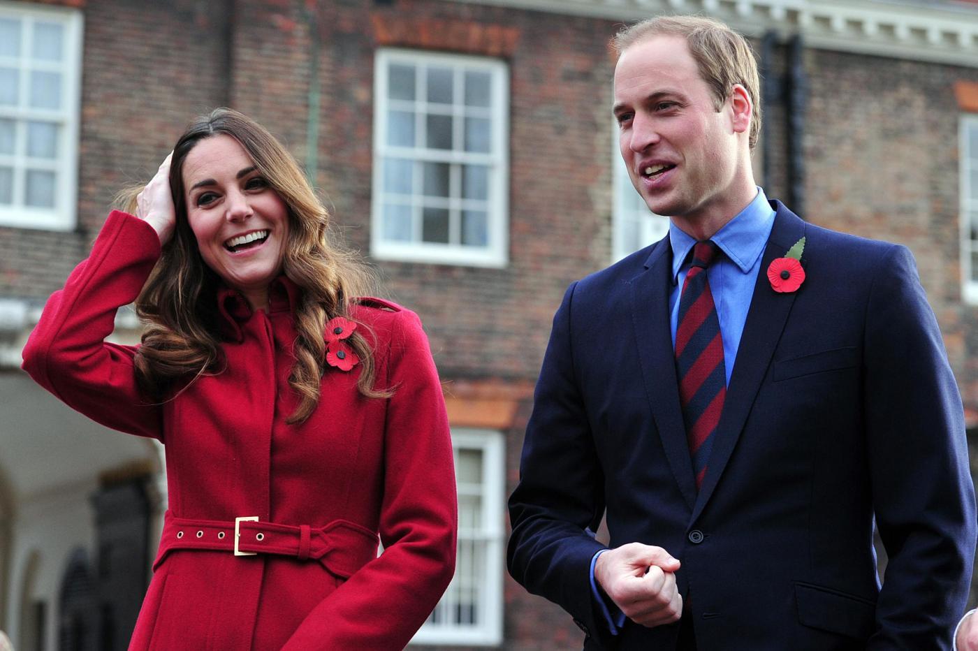 Kate Middleton e William pronti a fare carriera: principe Carlo li teme?