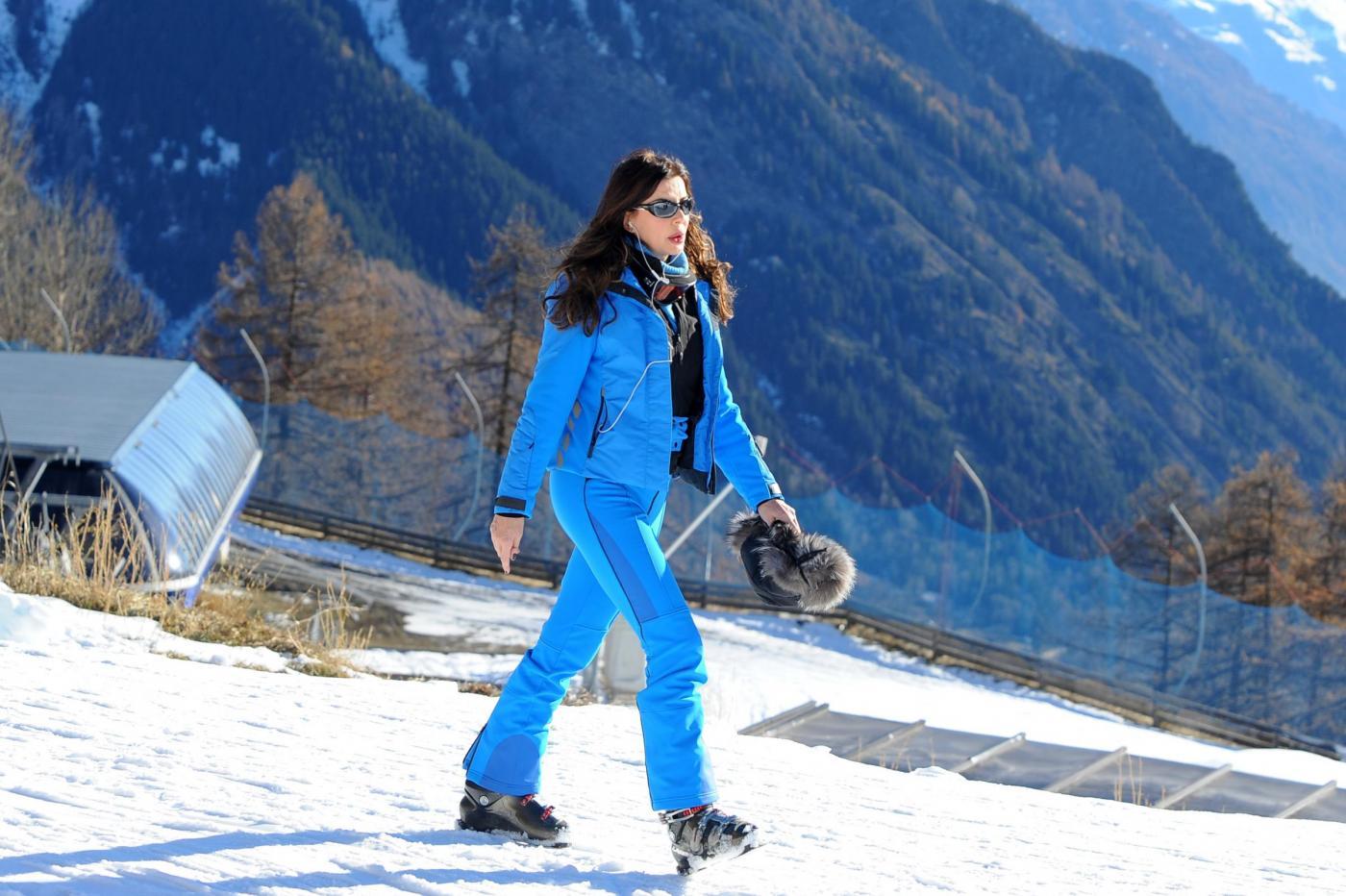 Alba Parietti sugli sci a Courmayeur02