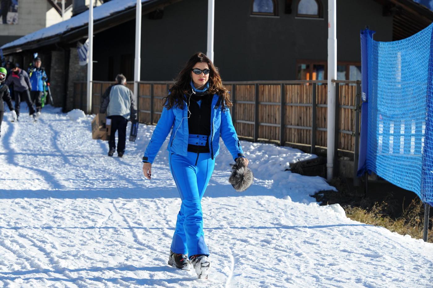 Alba Parietti sugli sci a Courmayeur01