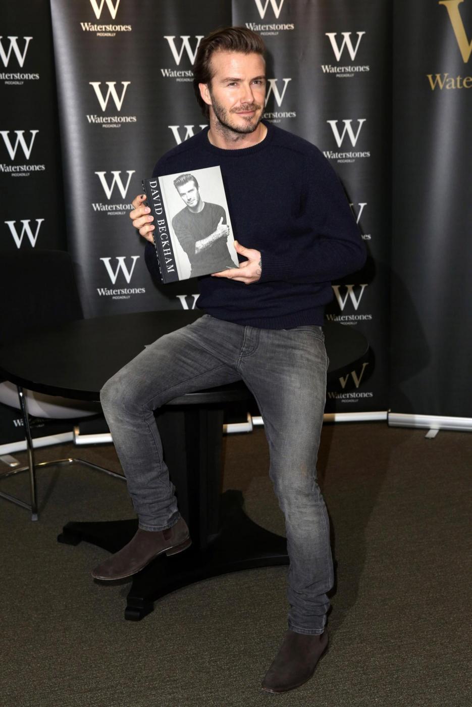 David Beckham presenta la sua autobiografia 03