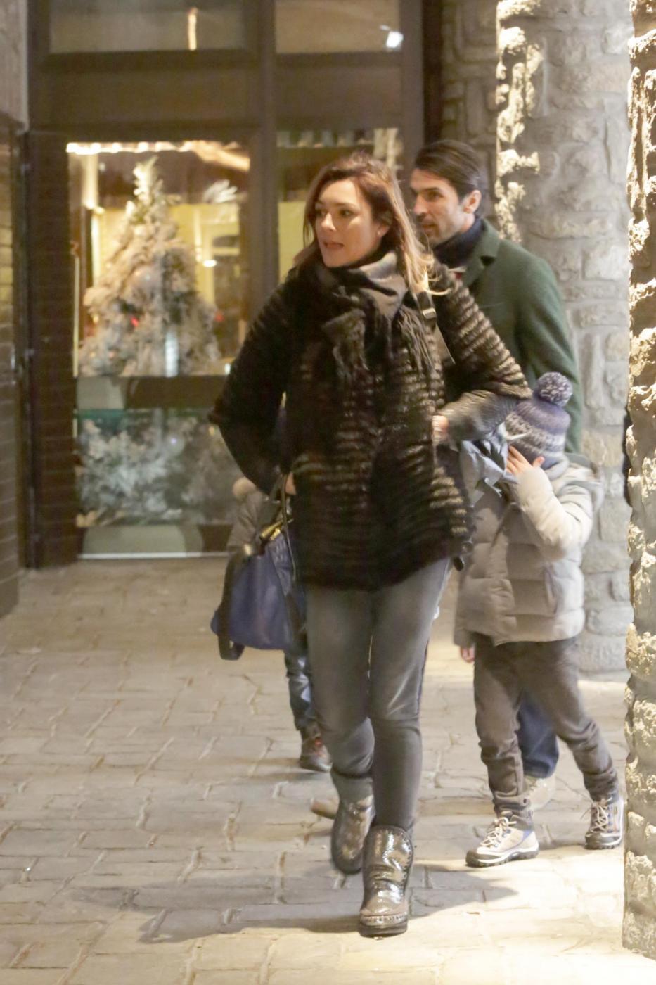 Gigi Buffon e Alena Seredova in crisi Macché, eccoli insieme a Courmayeur01