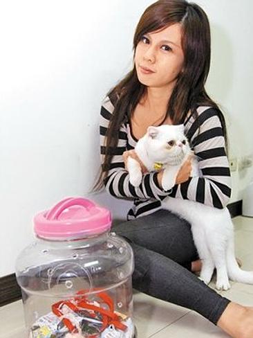 Kiki Lin e il suo gatto