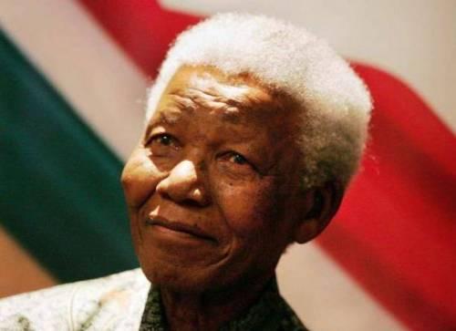 Nelson Mandela è morto: la sua lotta per la pace in 10 frasi