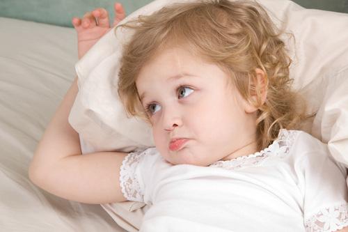 Il bimbo non dorme? Notte e orologio biologico non coincidono
