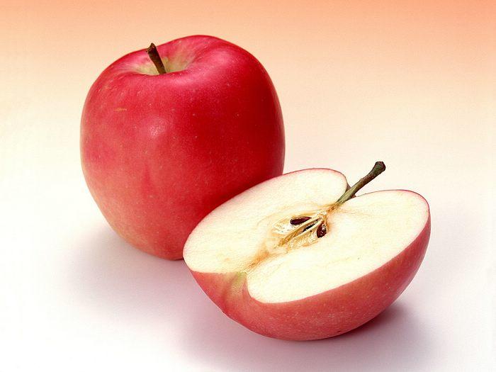 Infarto, una mela al dì come le statine. E senza effetti collaterali