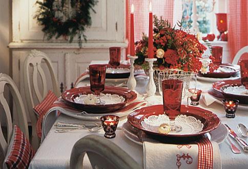 Feste in arrivo, per evitare le abbuffate meglio i piatti rossi
