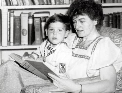 Mary Poppins: l'autrice Pamela Travers era tutto fuorché una tata modello...