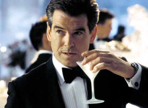 James Bond? Alcolizzato e impotente. Anatomia dello 007 più noto