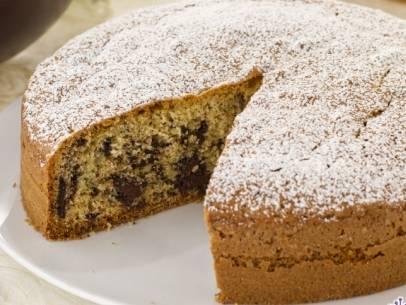 Ricette di dolci: torta stracciatella macchiata al cacao