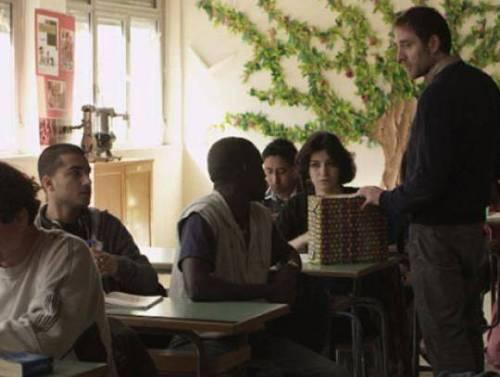 La mia classe, trama e recensione del film con Valerio Mastandrea