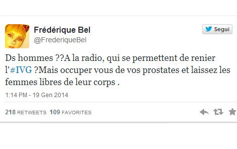 Frédérique Bel, foto nuda su Twitter per il diritto all'aborto